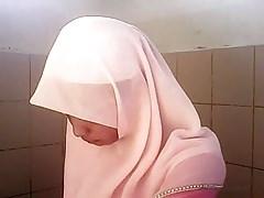 Spycam Asian White Hijab Girl