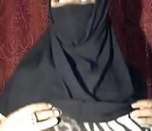 Une MILf arabe qui aime trop sexe