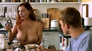 Regarder Maman Busty - Actrice allemande Andrea Sawatzki